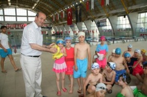 Belediye Yüzme Kurslarına Start Verildi